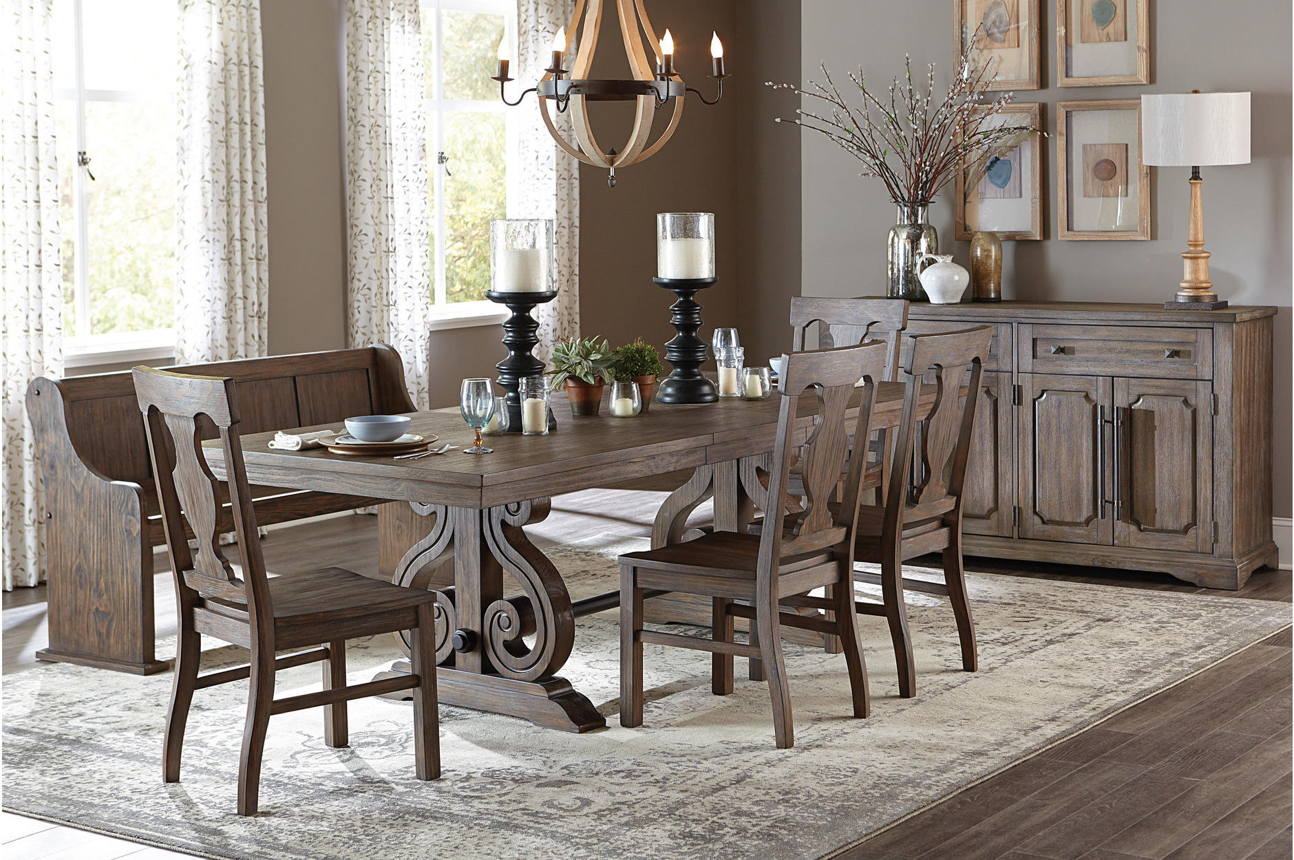 5438 96 Dining Toulon Collection